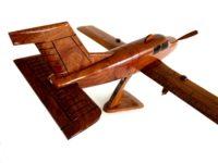 Wood model Beechcraft Bonanza Straight-Tail