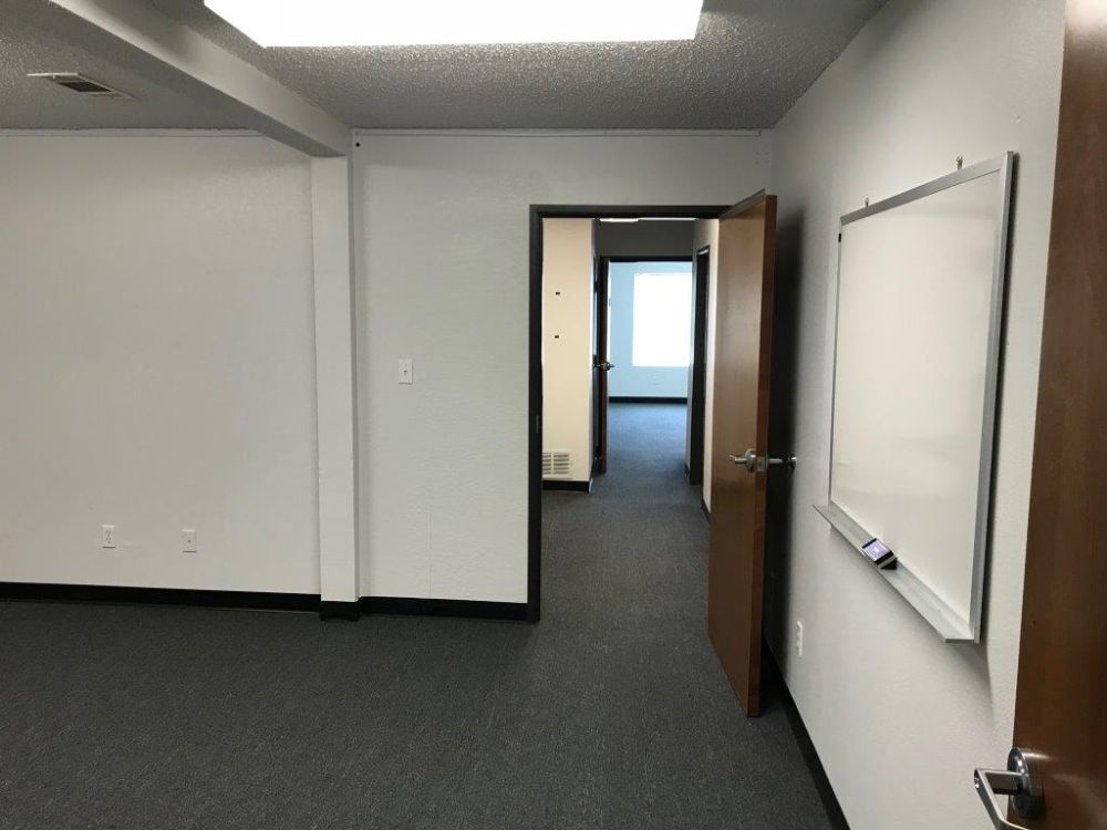 Executive Office Space for Lease Arlington Municipal Airport (KGKY) 5