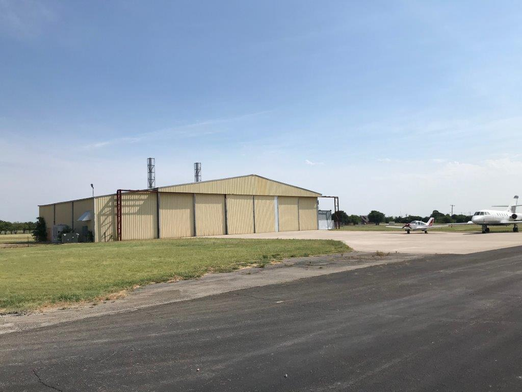 12,000 SF Corporate Hangar for Sale Cleburne Regional Airport (KCPT) 2