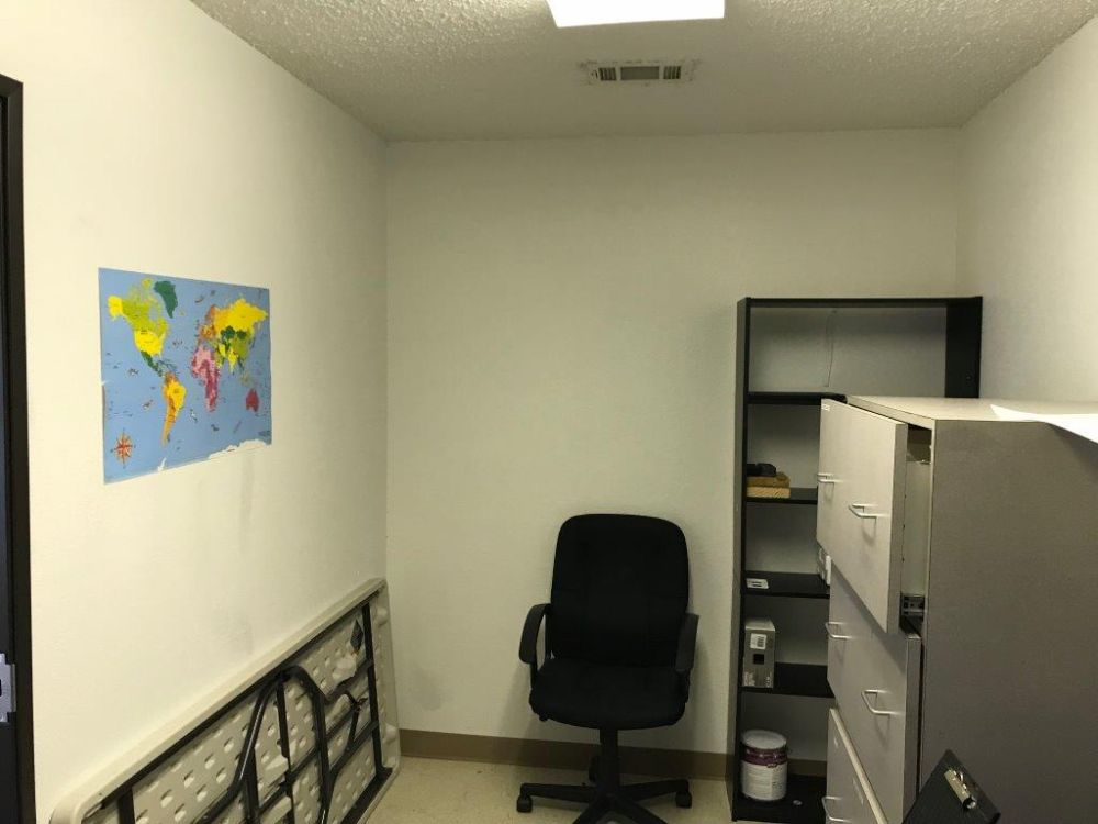 Executive Office Space for Lease Arlington Municipal Airport (KGKY) 4