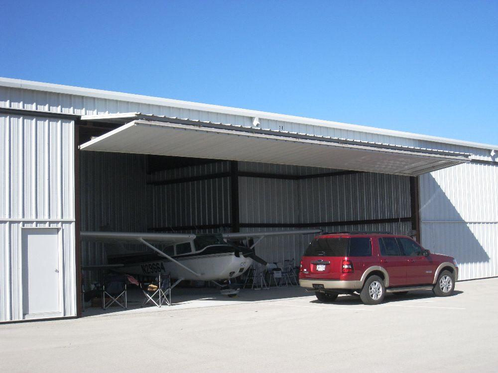 T-Hangars For Lease Lancaster Regional Airport (KLNC) 4