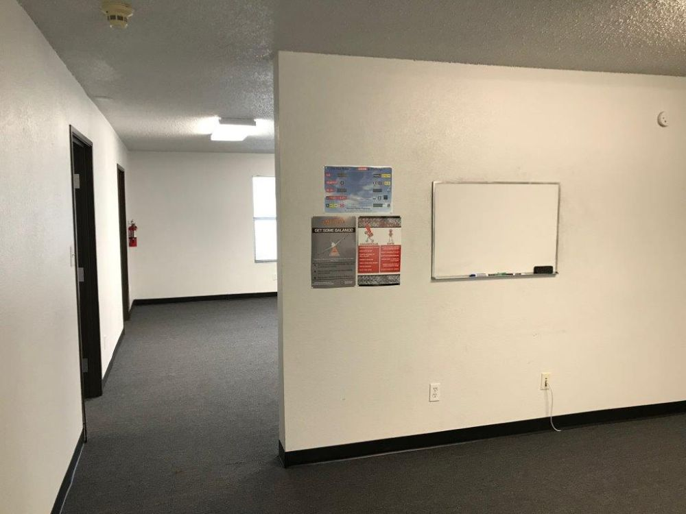 Executive Office Space for Lease Arlington Municipal Airport (KGKY) 6