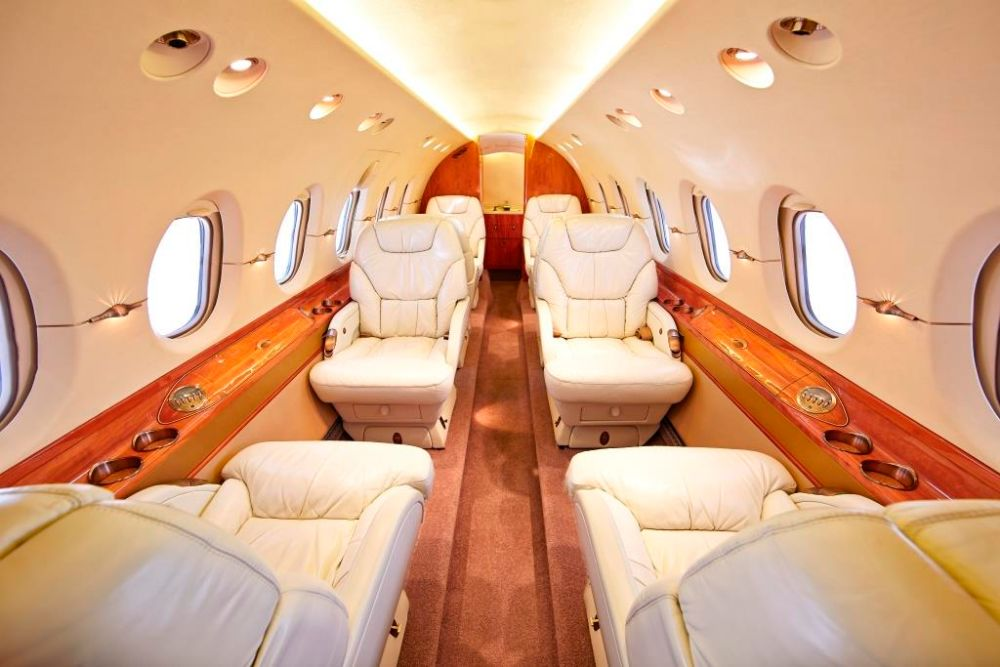 2000 Hawker 800XP Interior